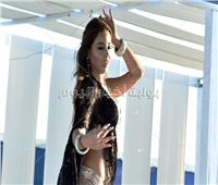 صور| جوهرة تُشعل مارينا برقصاتها المختلفة