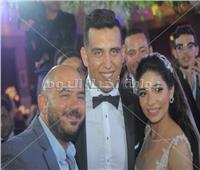 صور| بوسي والعسيلي يُشعلان زفاف «عمرو ورنا»