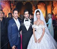 صور| فنانون ورياضيون يحتفلون بزفاف فرح علي.. وتامر حسني يُشعل الحفل