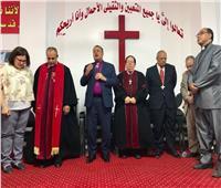 القس أندريه زكي يفتتح الكنيسة الإنجيلية المشيخية بدسوق