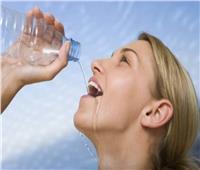 الماء هو الحل السحري لتخفيف الصداع بدلاً من المسكنات