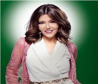 الديفا سميرة سعيد تهنئ إليسا على ألبومها الجديد