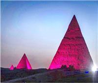 الصوت والضوء تضئ الأهرامات لدعم أهداف التنمية المستدامة