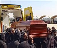 انتهاء القداس الإلهي بدير أبو مقار بحضور جثمان «الأنبا إبيفانيوس»