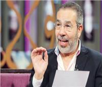 مدحت العدل يهاجم «سوبر مان» سميرة سعيد: «مونولوج سخيف»