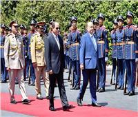 انطلاق القمة المصرية اليمنية بين السيسي ومنصور بقصر الاتحادية