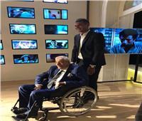 مدير أعمال جميل راتب: الفنان العالمي فقد صوته ويتحرك على كرسي متحرك