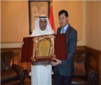 وزير الشباب والرياضة يلتقي رئيس نادي النصر الكويتي