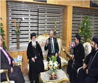 وفد قبطي يقدم التهنئة لمحافظ أسوان بمناسبة عيد الأضحى المبارك
