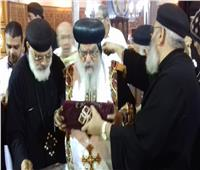 الأنبا باخوميوس يطيب رفات القديس أغسطينوس في دمنهور