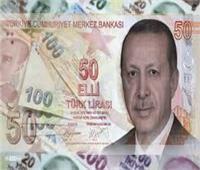 الليرة التركية تواصل تراجعها أمام الدولار وتخسر 40% من قيمتها