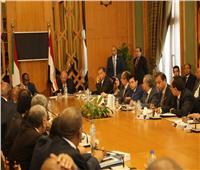 وزير الشباب والرياضة يشارك في اجتماع اللجنة الوزارية المصرية السودانية