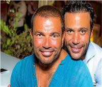 صورة  عمرو دياب ودينا الشربيني مع محمد إمام وعروسه في «الهاني مون»