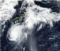 «الأرصاد»: اليابان تعيش أعنف إعصار منذ 25 عامًا