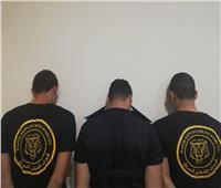 صور| ضبط المتهم الهارب في واقعة انتحال صفة رجال شرطة بالهرم