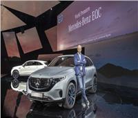 صور| مرسيدس تكشف الستار عن أول سيارة كهربائية بالكامل بالسويد
