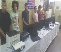 7 طلاب كونوا تشكيلا عصابيا لسرقة أجهزة الكمبيوتر من المدرسة فى الزيتون
