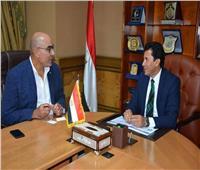 وزير الشباب يلتقى رئيس الاتحاد المصري لكرة اليد