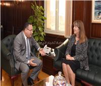 قنصل بريطانيا يهنىء محافظ الإسكندرية بتولي المنصب في مكتبه