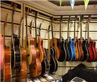شارع «محمد علي» يتحدى الزمن بالموسيقى.. «بسبوسة» صاحب أقدم محل يبوح بأسراره