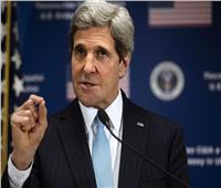 بومبيو يوجه انتقادات حادة لجون كيري للقائه مسؤولين إيرانيين