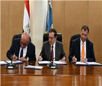 وزير البترول يوقع اتفاقيتين للبحث عن البترول والغاز باستثمارات مليار دولار