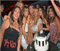 صور| كاريكا والبحيري ودنيا عبد العزيز يحتفلون بعيد ميلاد فيفيان الفقي