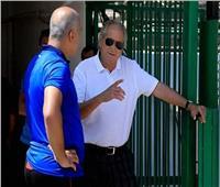 جوزيه يؤازر لاعبي الأهلي قبل مواجهة هورويا