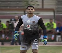 الأهلي يعلن موقف محمد الشناوي من مباراة هورويا