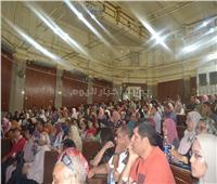 صور| آداب القاهرة تنظم لقاءات للطلاب الجدد للتعريف ببرامجها الجديدة