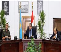«العناني» يناقش افتتاح ثلاث قاعات بـ«المتحف القومي الحضارة».. قريباً