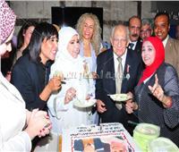 صور..تكريم رشوان توفيق ومديحة حمدي في مجلس الإعلاميين الدوليين
