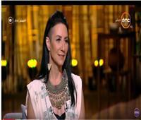 فيديو| المطربة الأمريكية اليز ليبيك: مصر أجمل بقعة في العالم