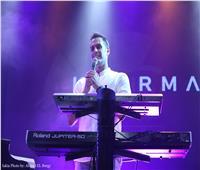 صور| هشام خرما يحيي حفلًا موسيقيًا في ساقية الصاوي