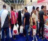 صور| إقبال كبير على معرض «أهلا مدارس» بمدينة نصر