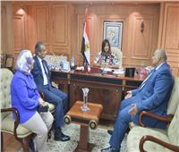 وزيرة الهجرة تلتقي رئيس الجالية المصرية بروسيا
