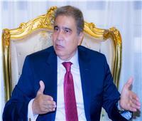 محافظ المنيا لرؤساء المدن ومديري الإدارات: «أدوا عملكم بضمير»