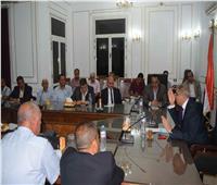رئيس «أبوقرقاص» يتابع إنشاء وحدات البيوجاز بالقرى