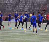 مران بدني للاعبي الأهلي في لبنان بقيادة «ليندمان»