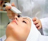 استشاري جراحة: العلاج بالليزر يعتبر ثورة طبية في عالم التجميل