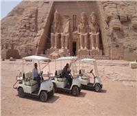 الانتهاء من أعمال صيانة وتشغيل «عربات الجولف» بمنطقة أبو سمبل