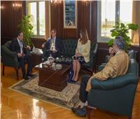 محافظ الإسكندرية يبحث تبادل الخبرات مع المبعوث التجاري البريطاني