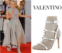 «شيرين رضا» ترتدي حذاء بسعر صادم بمهرجان الجونة