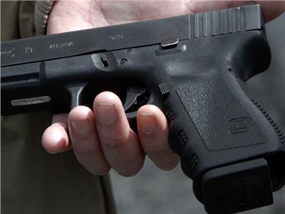 المتهم بإطلاق النار على قاض بمحكمة الأسرة.. استخدم سلاح شقيقه
