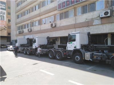 محافظة الغربية تدعم منظومة النظافة بثلاث سيارات