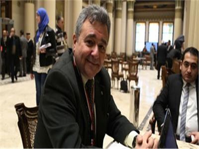 صدقي يفوز برئاسة لجنة «سياحة النواب»