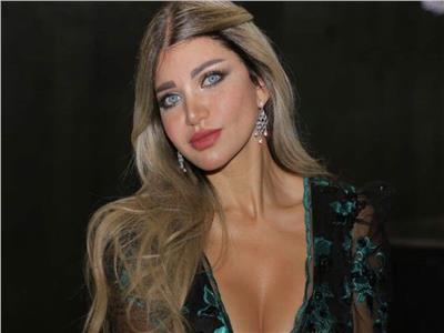 صور| ياسمين الخطيب تخطف الأنظار بحفل ملكات جمال مصر