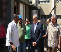 محافظ قنا يتابع أعمال مشروع الصرف الصحي بمركز قفط