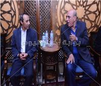 صور| نجوم الإعلام في عزاء المخرج طارق عبد العزيز البحيري