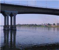 بالصور| تشكيل فريق من «النقل النهري» لبحث معوقات كوبري البغدادي بالأقصر